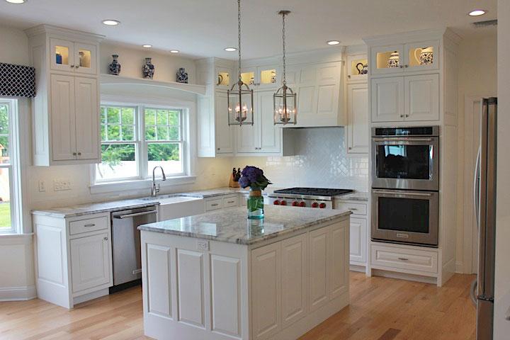 White-beach-house-kitchen-IMG_7529.jpg
