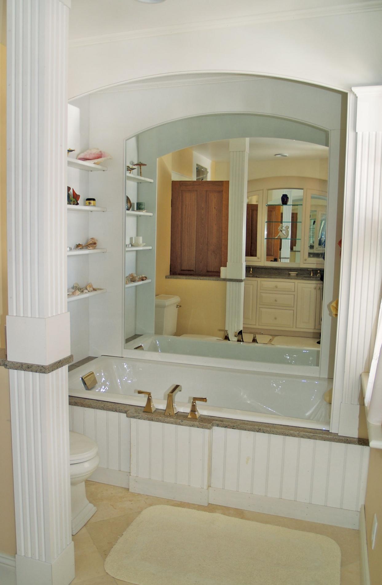Bathroom-Arched-Mirror-by-Tub.jpg