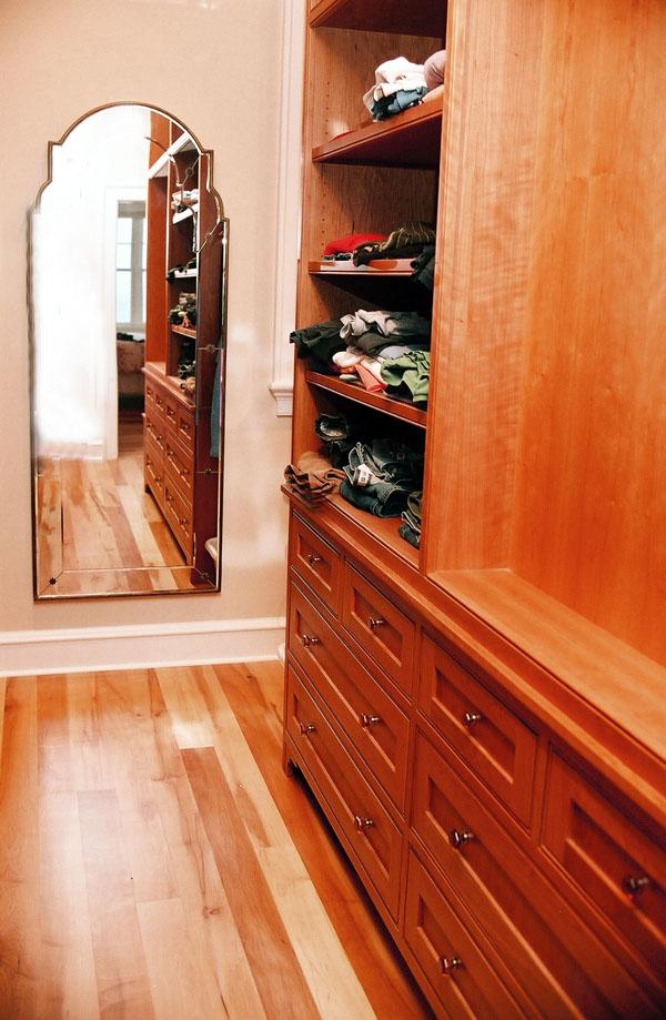 closet (7).jpg