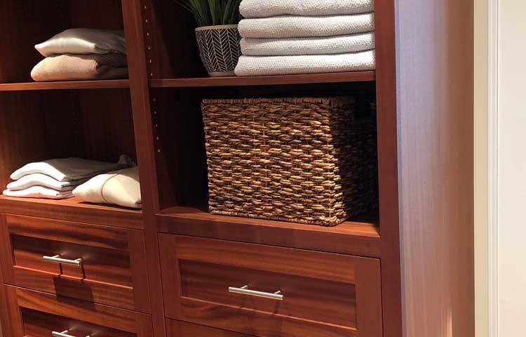 Sapele Closet -