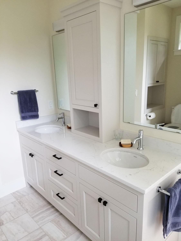 Custom Bathroom Vanities And Cabinets Simpson Cabinetry