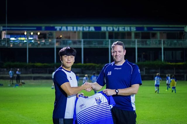 @parky_official_ is deserving winner of Taringa Rovers Fc Man of the Match award against North Pine 👏👏 Well done Parky!  박기표선수가 이번시즌 첫경기에서 2골을 넣으며 MOM을 받았습니다!  #happyfootballer #taringaroversfc #mvp #mom #축구 #호주축구 #호주축구유학 #축구유학 #축구공부 #호주생활 #축구생활 #호주 #브리즈번 #brisbane #australia #agent #에이전트 #BPL #축구선수 #BPL #premierleague  photo credit @chancamera_98