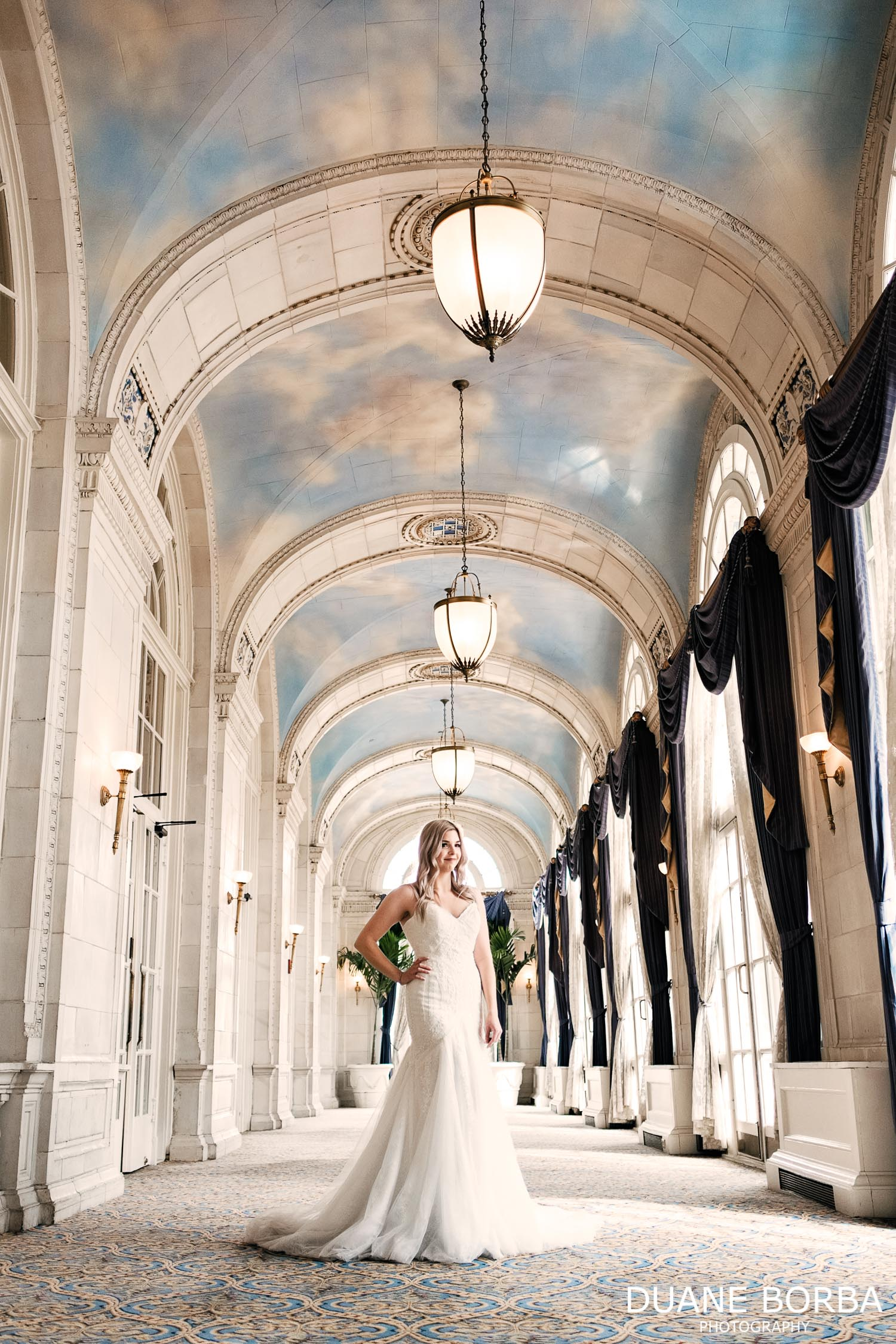 Bridal portrait in Hermitage hotel
