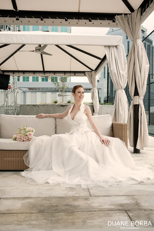 Bridal portrait on rooftop in Downtown Nashville, TN