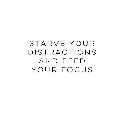 Let this be your encouragement going into this week!🌟 It takes hard work to meet your goals when you continue letting obstacles get in your way. Set your 🧠 on how to achieve, and go get it done! To learn more about what we can do for those goals at your business, email us at llentz@thelentzco.com 📩