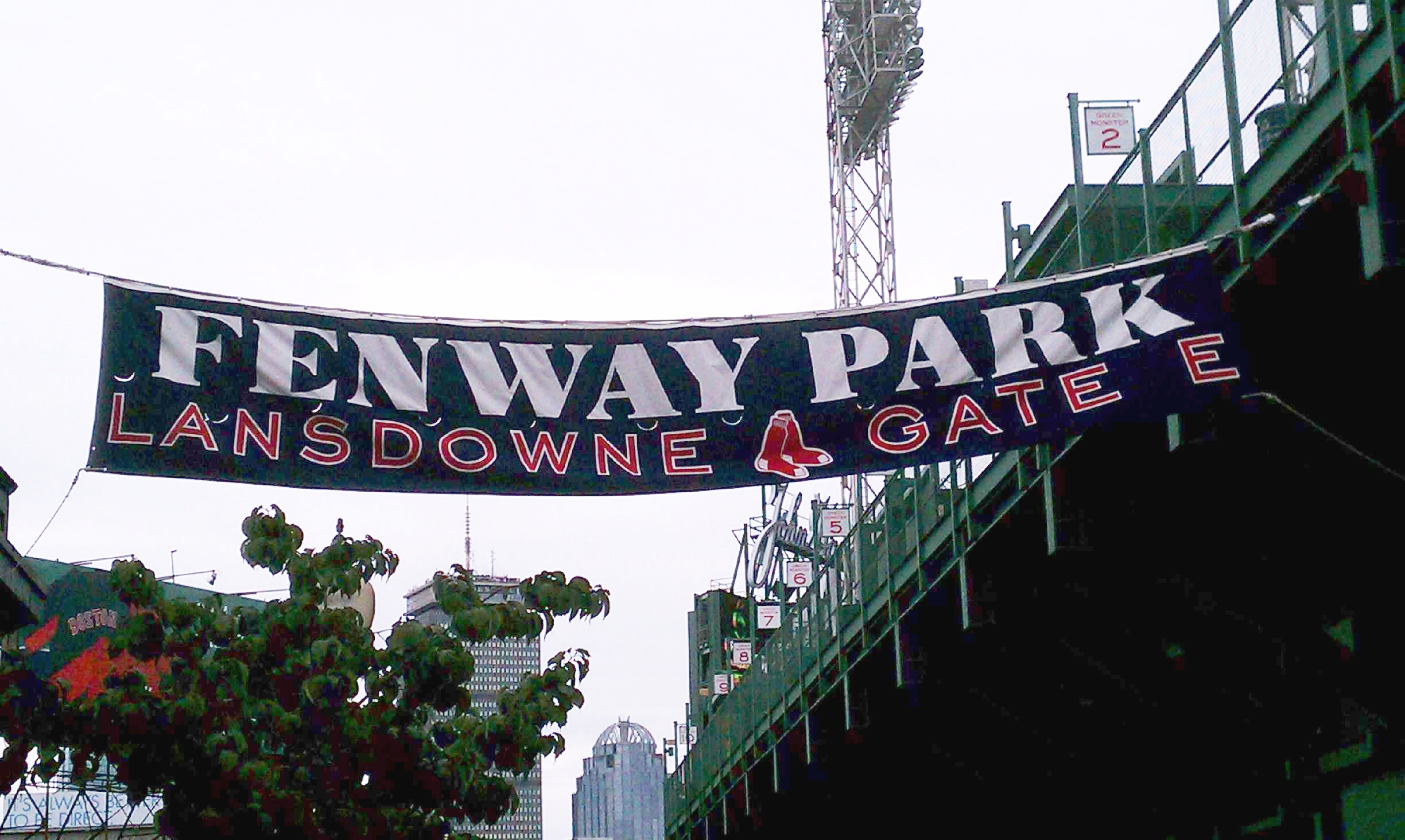 We didn't have time for a game, but we made sure to go and visit Fenway.