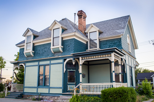 Such a beautiful home, huh?! If you are in the Utah area, you should check it out!