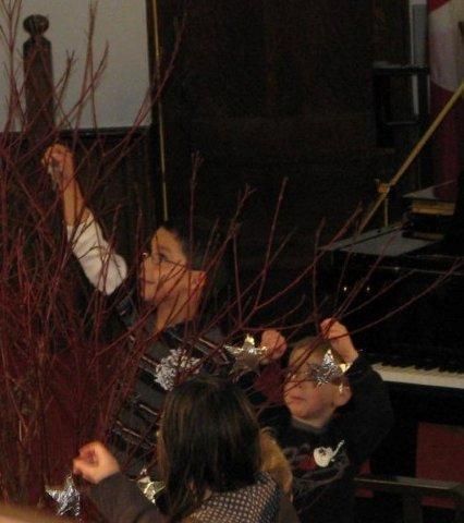 2009 Advent1 Church Service Nov 29 093 (16).jpg