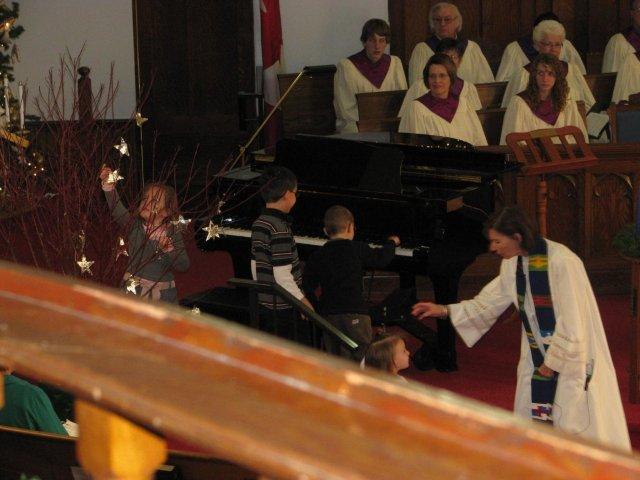 2009 Advent1 Church Service Nov 29 093 (19).jpg