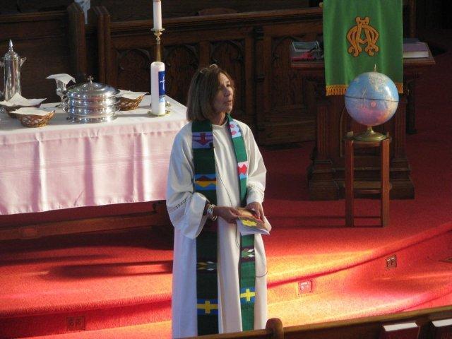 2011 October Service & Communion (6).jpg