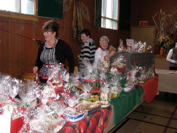 bazaar_november_13_2010_055_med.jpeg