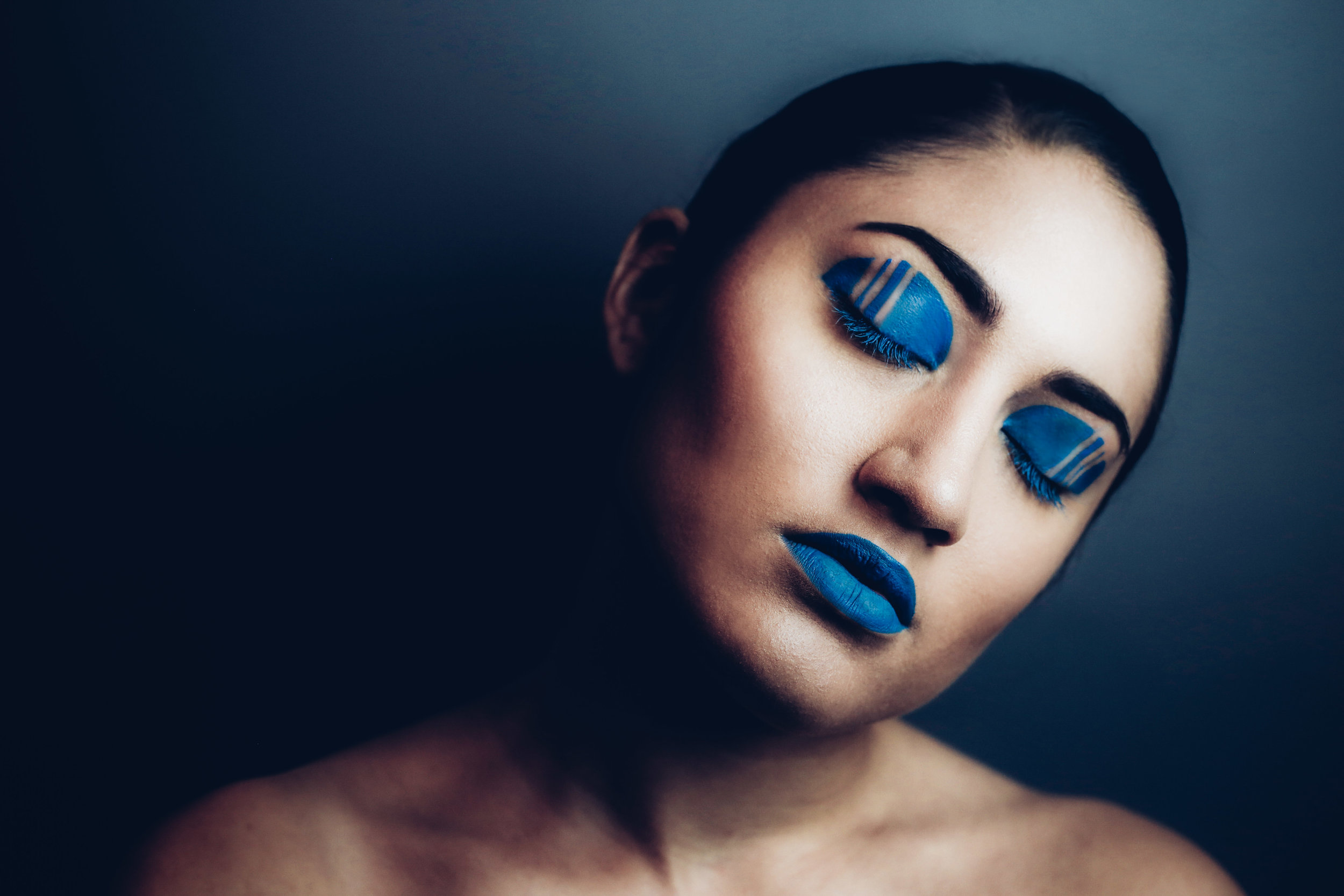 blue makeup 2.jpg