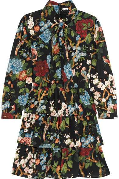 Ultimate Fall Dress. Pair with boots or flats, maybe even some tights!