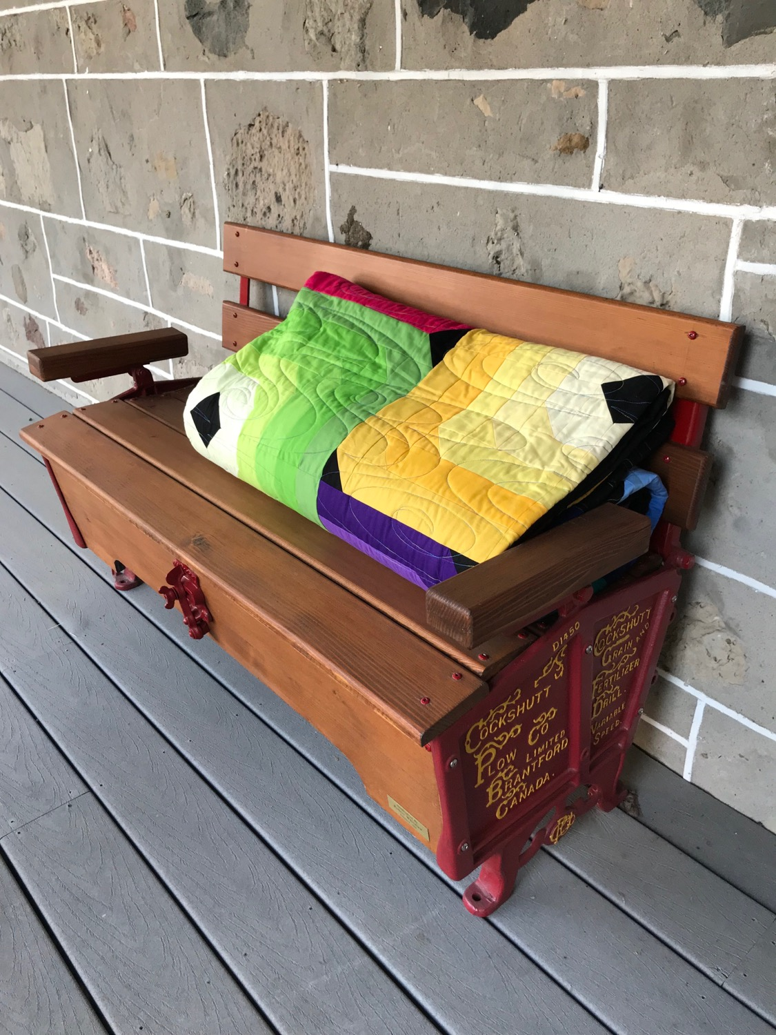 This bench was a gift from my father-in-law...he built it for my birthday this past year! Doesn't it make a great quilt backdrop? I love it!!