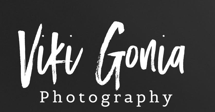 - www.vikigoniaphotography.com
