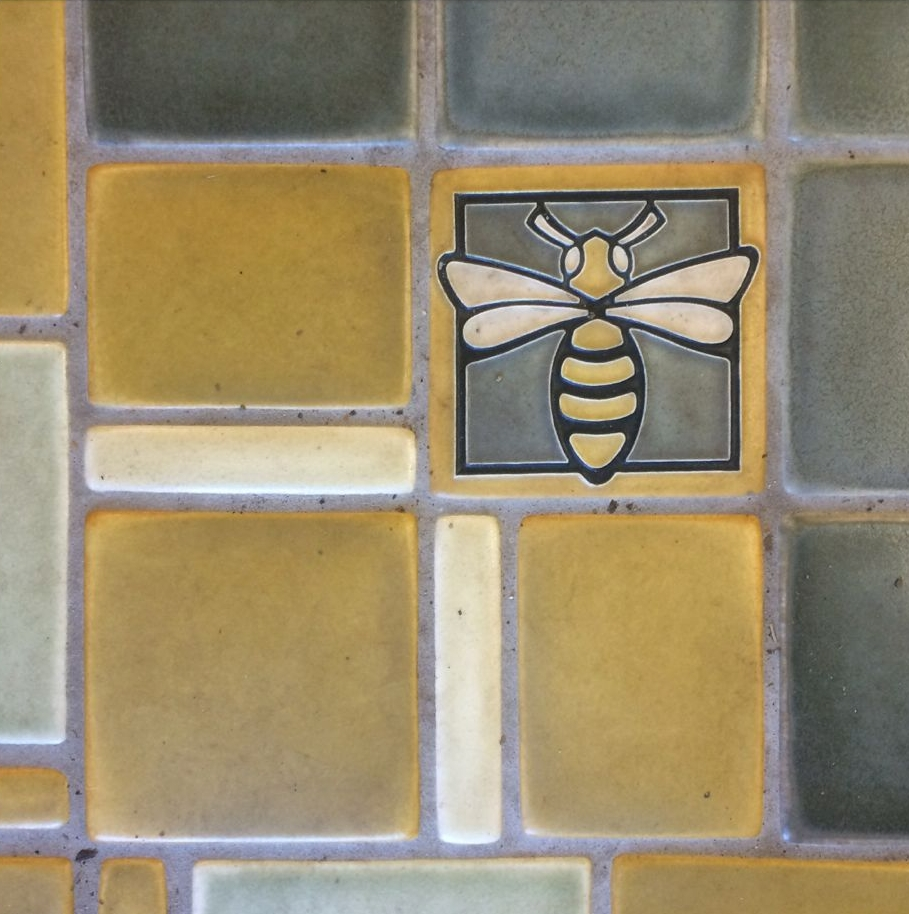 Bee tile, credit Kirsten Akens 2015