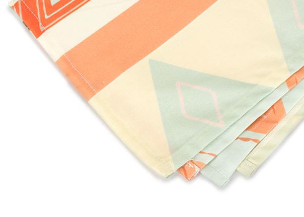 tea towel edge.png