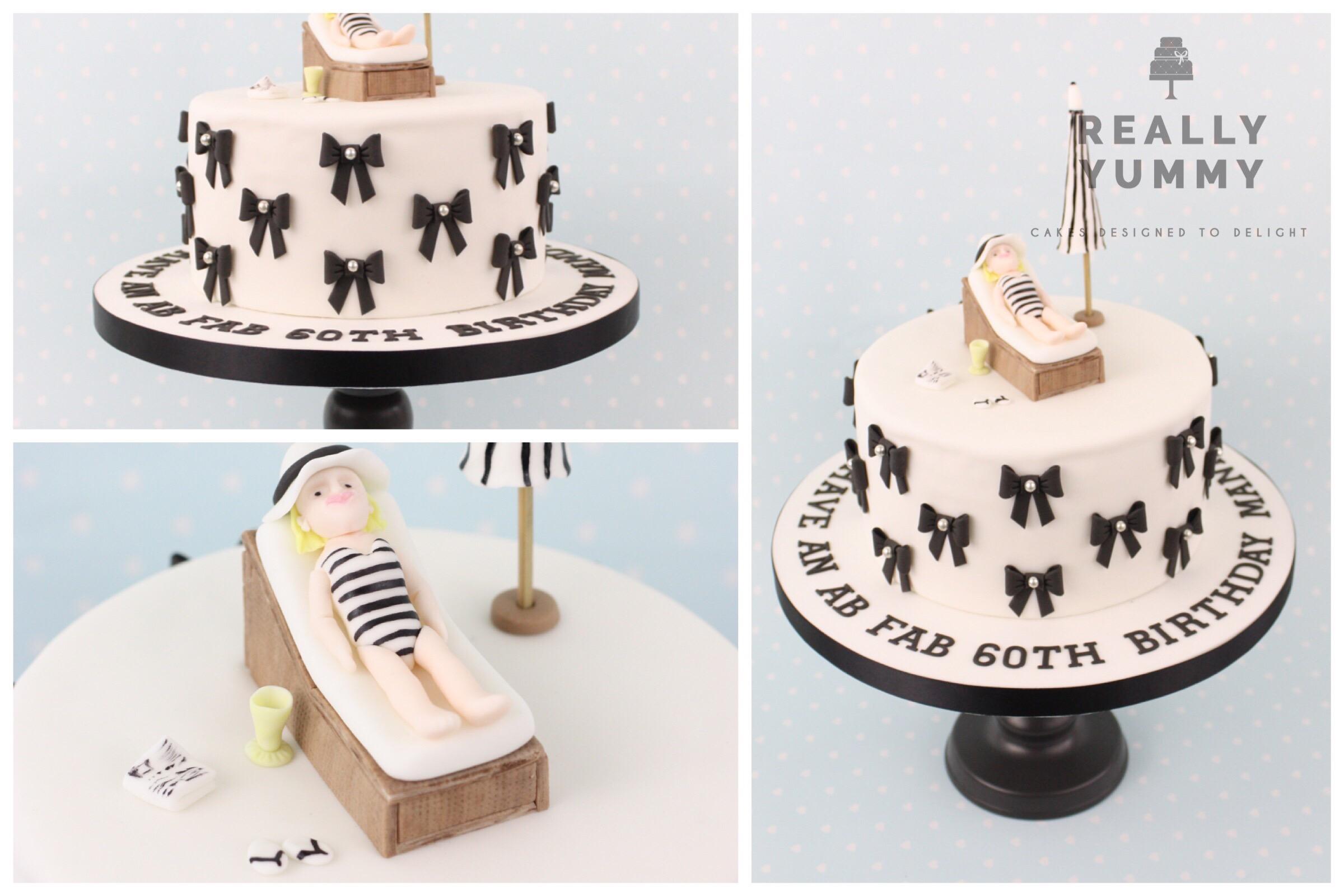 Sunbathing cake with bows
