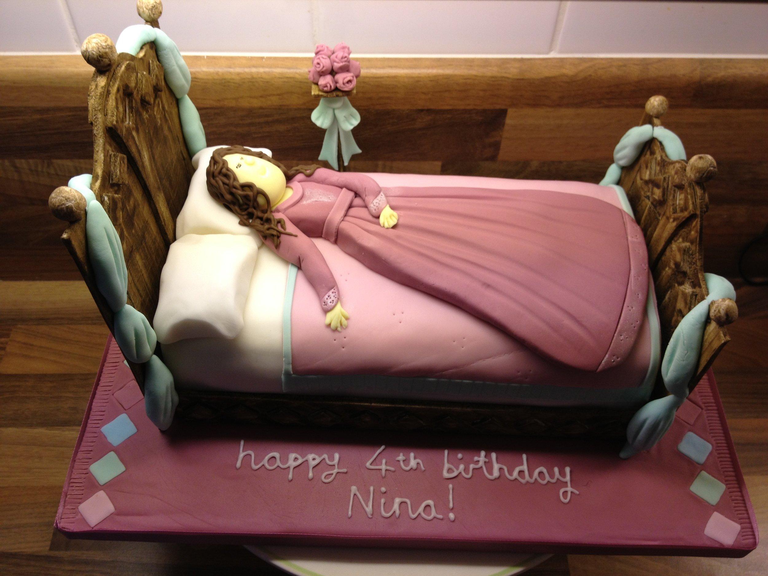 Nina's 4th birthday cake - Sleeping Beauty