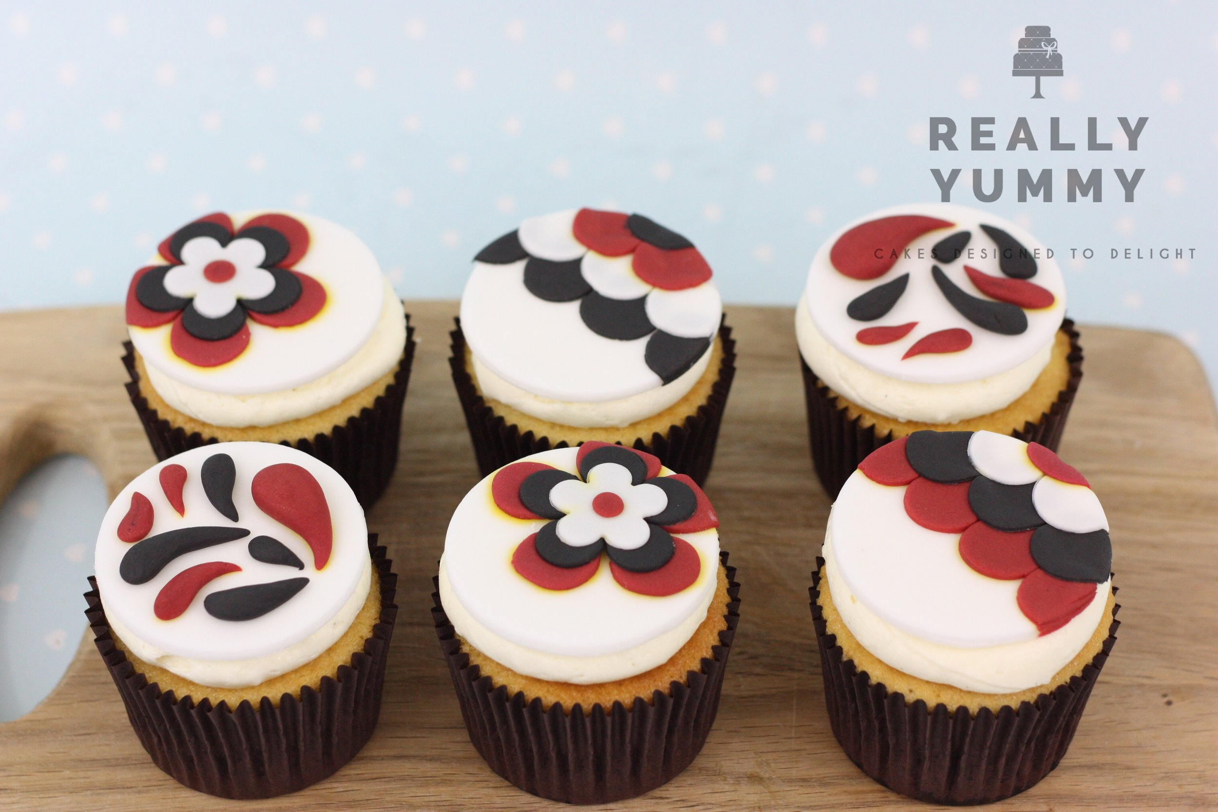 Heather T. - I've been ordering from Liz for a while now and her cakes never fail to please, the service is first class , I would definitely recommend.