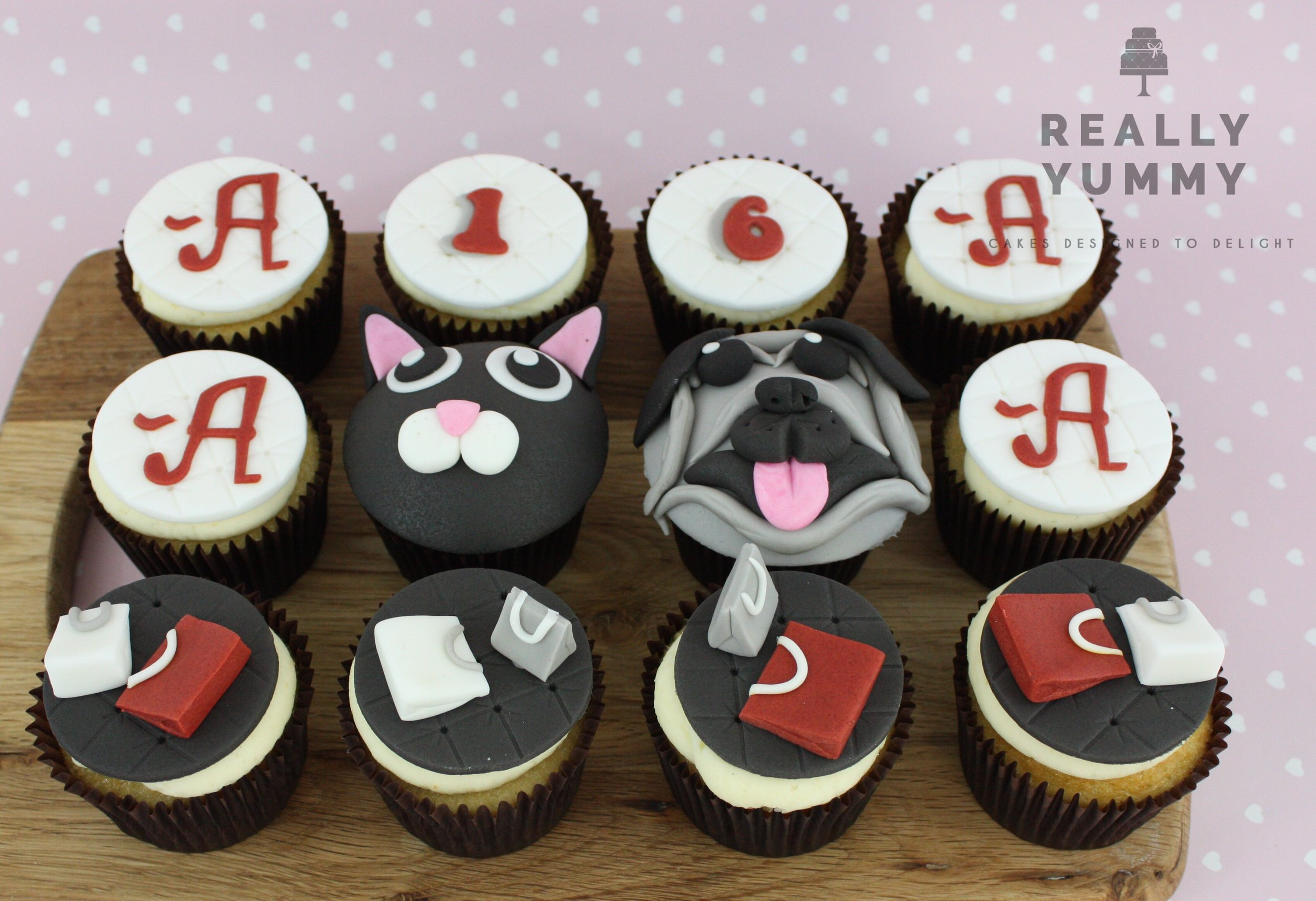Pretty Little Liars, dogs, cats and shopping cupcakes