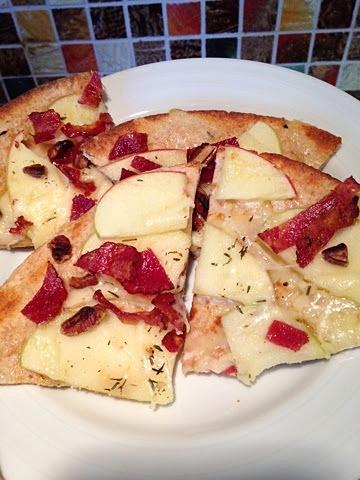 Apple Bacon Pita Pizza