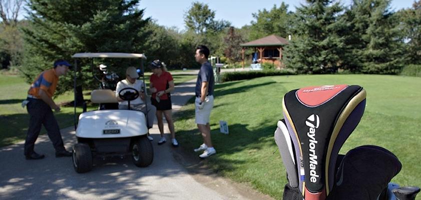 Golf Club & Driving Range