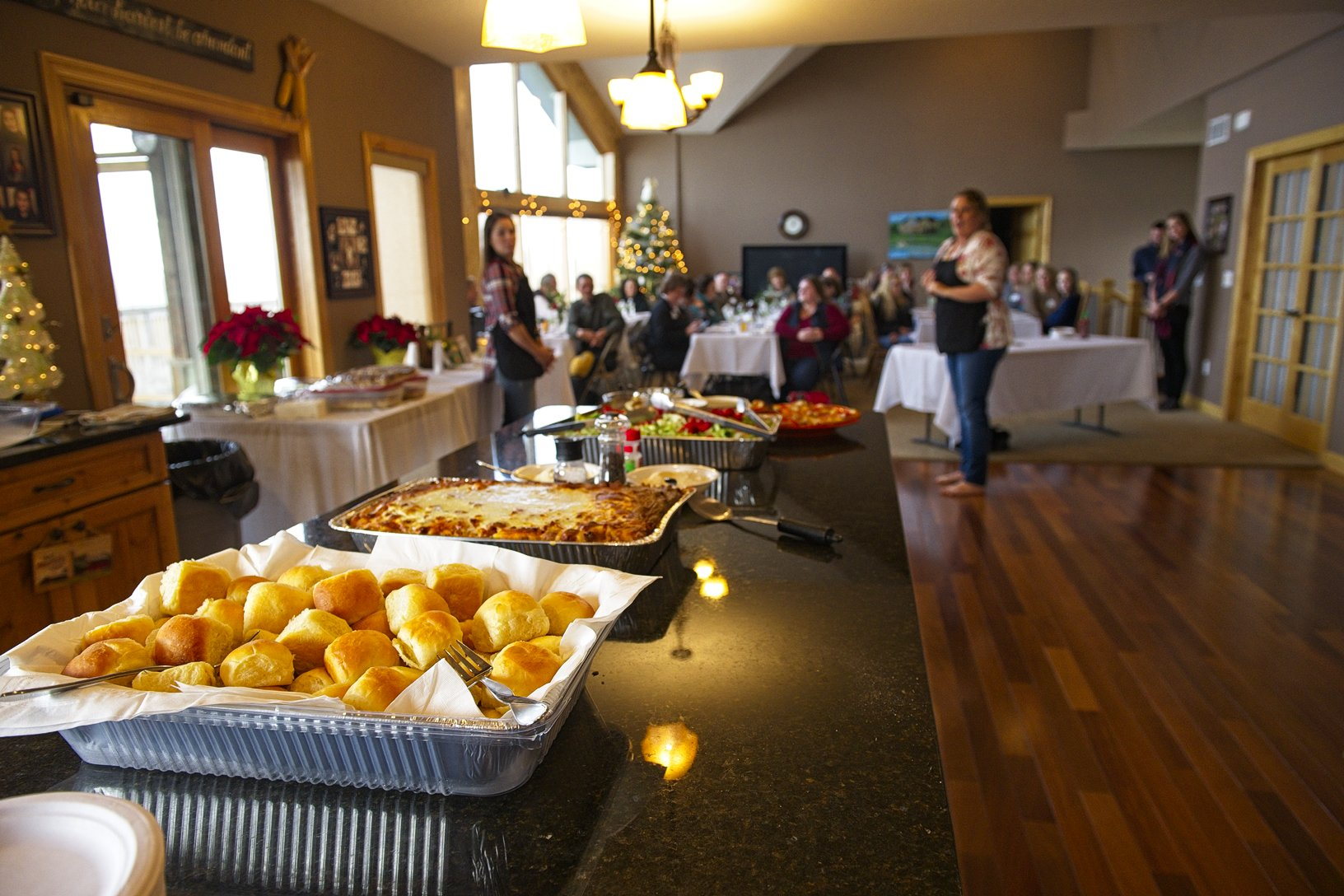 Cristen Clark welcomed Food U participants to her home in Runnells for a homemade lunch and conversation about farming in Iowa. Photo credit: Joseph L. Murphy, Iowa Soybean Association