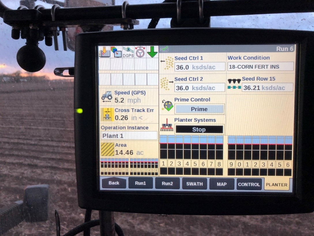 This is just one of the pages I can set up to monitor planter operations. When the bars are all the same height, all rows are planting evenly. Photo credit: Tom Oswald