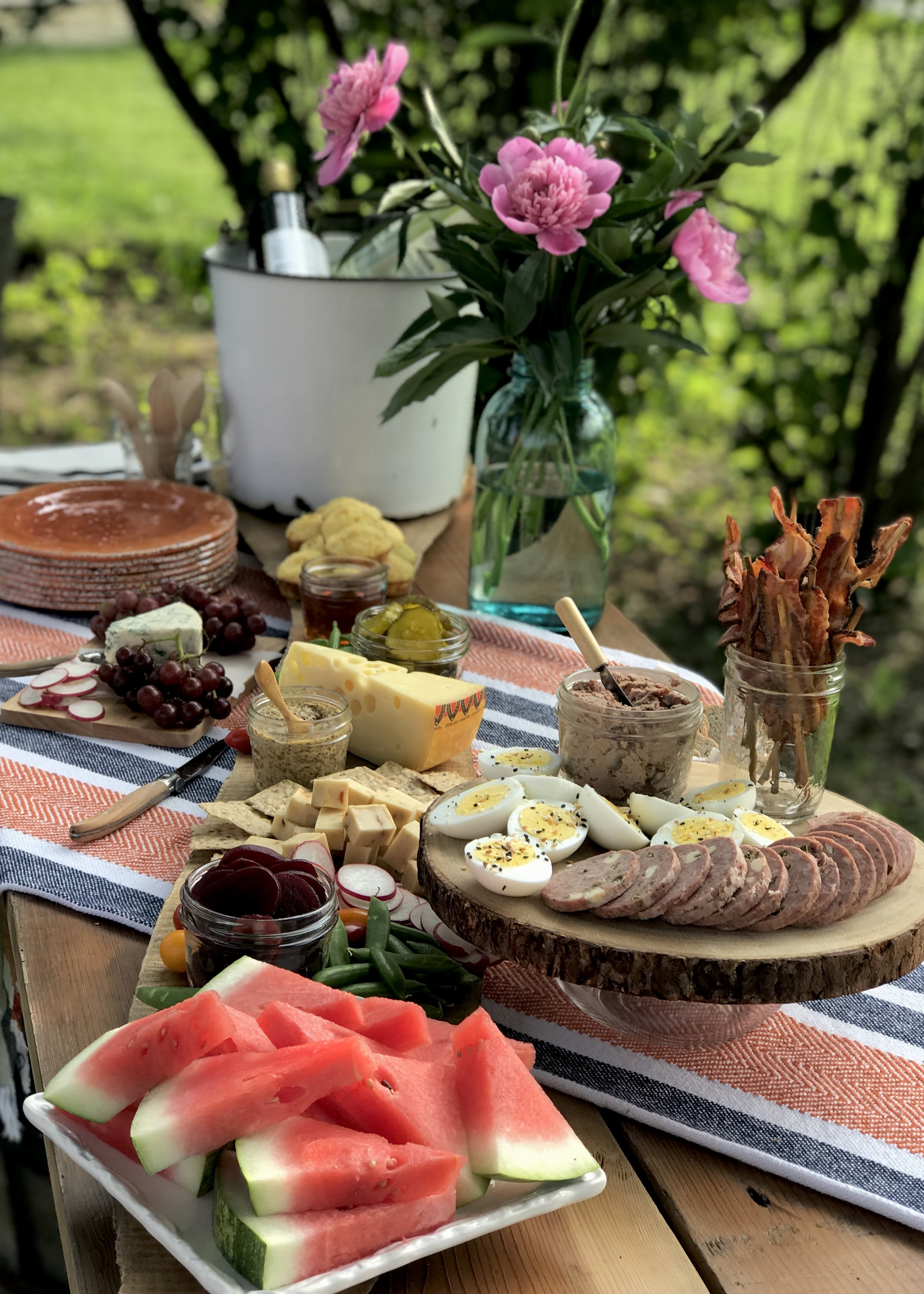 Products from Iowa meat lockers can be combined to create a unique charcuterie board. Photo credit: Anita McVey, Picnic Life Foodie