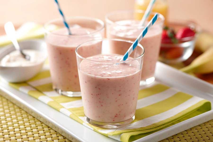 Berry Banana Smoothie recipe and photo courtesy of AE Dairy.