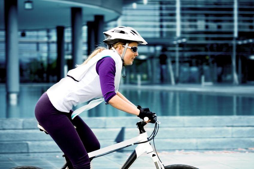 9879309_M_Bicycle_Bicycling_women_outdoor_Helmet_gloves.jpg