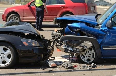 14025900_S_Car_Accident_Wreak.jpg