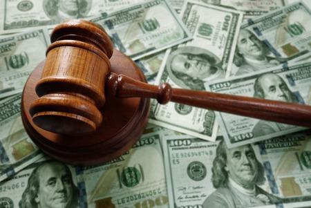37314719_S_judge_verdict_money_alimony_child support.jpg