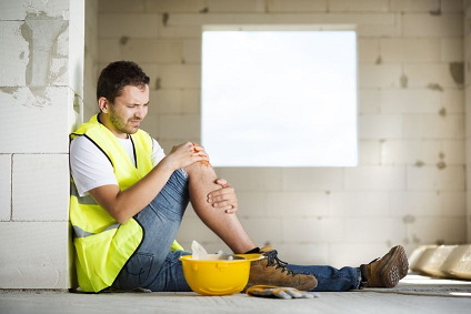 22225645_L_injured_worker_Construction Worker_Fall_Injuries.png
