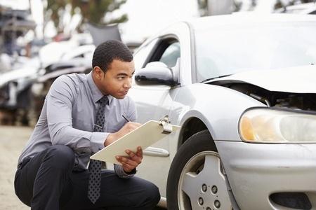 42309770_S_Accident_Crash_Car_Insurance_.jpg