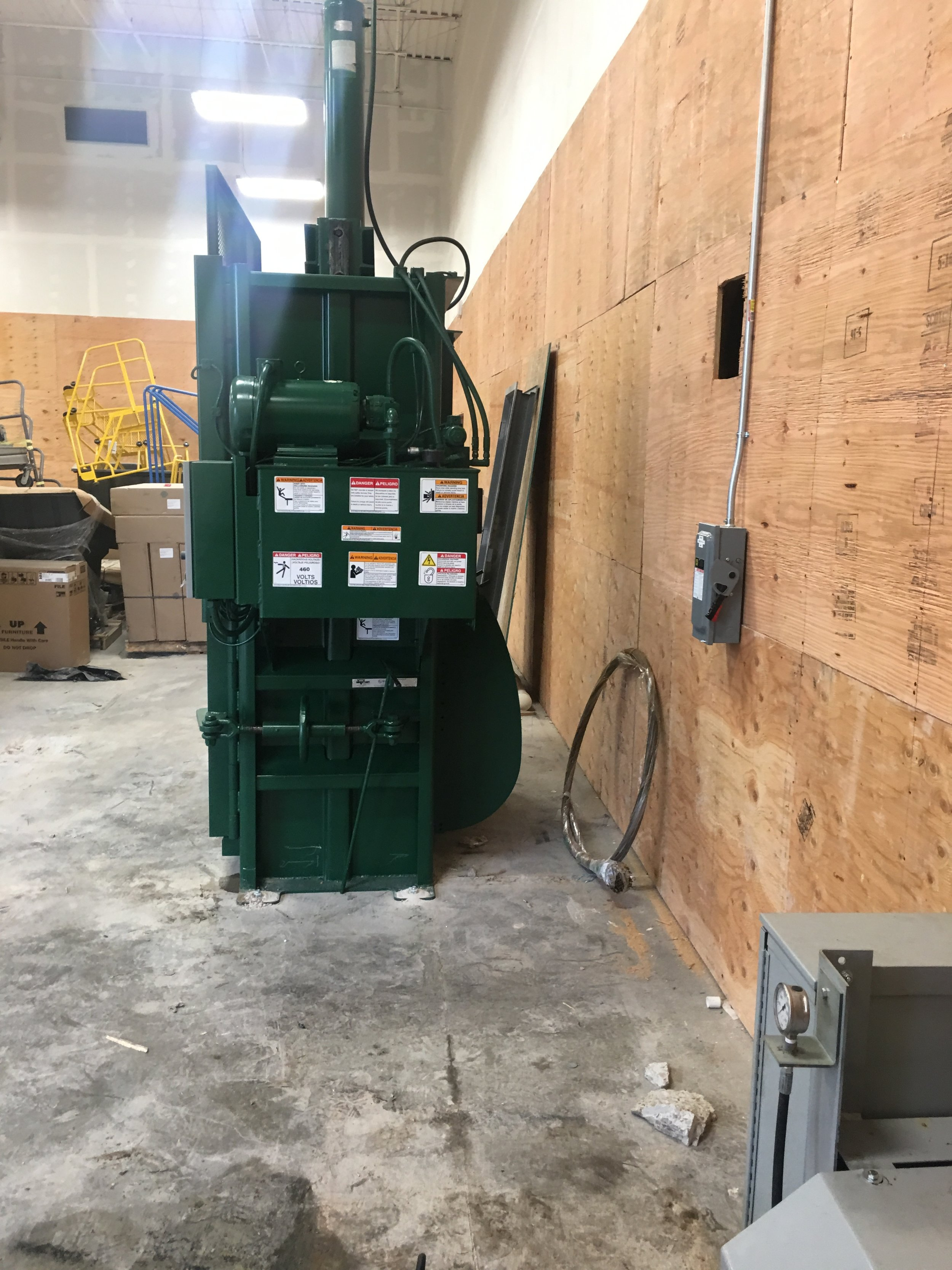 60- Cardboard Baler - Refuse Equipment Services.JPG