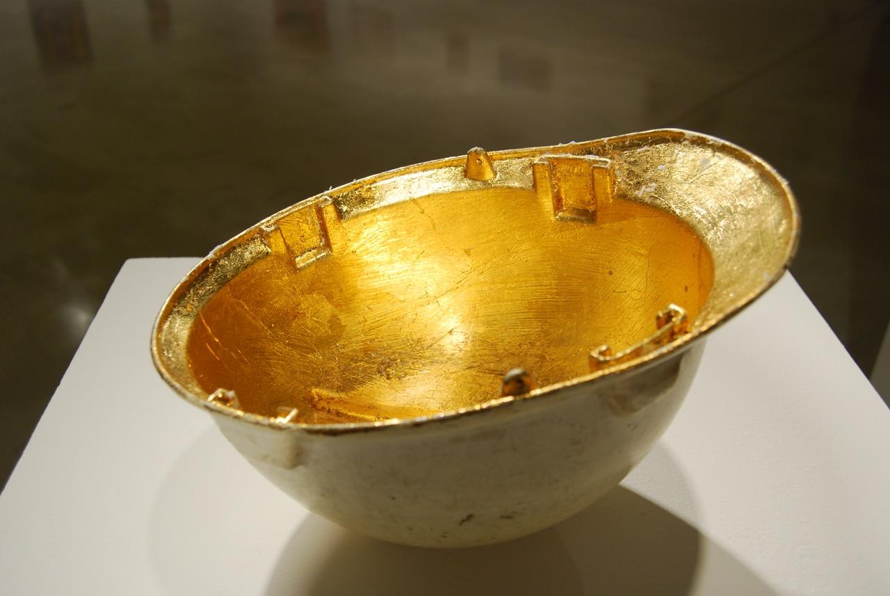Grail (Bucket) (side view)