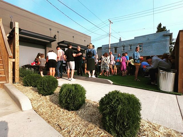 Anyone who has seen a Shift Development project knows we love a great courtyard! Great time was had by all at @crewrowhouse last week. Thx @9milelegacy for fueling the Chug & Row competition. Pitiful performance by Shift!