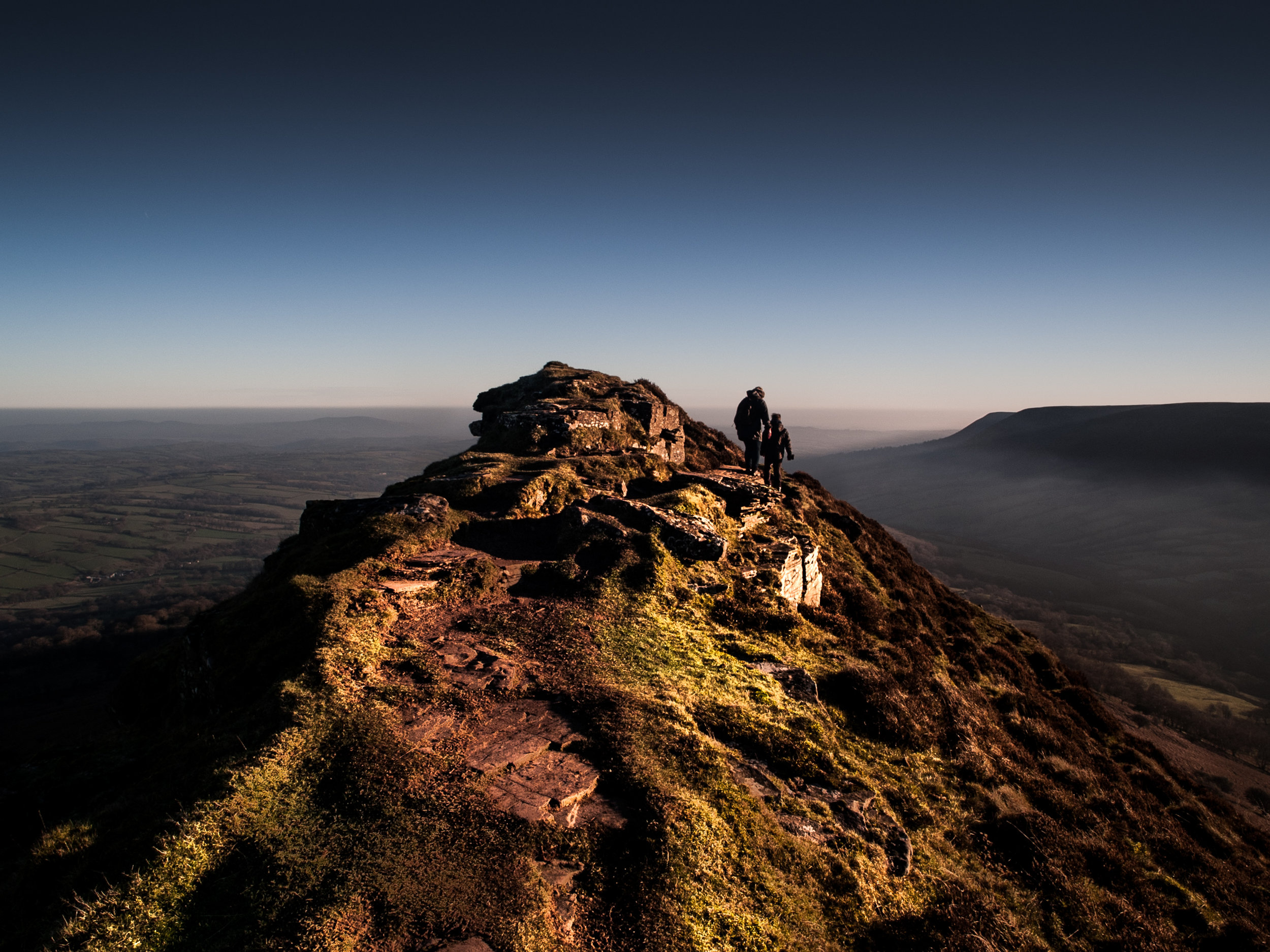 Olympus E-1. Crib y Gath, the Cat's Back. The only part of the Black Mountains to be in England.