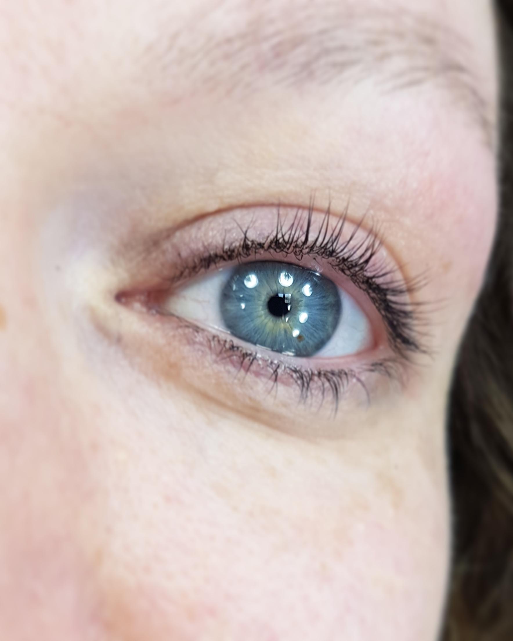 eyelash after 2.jpg