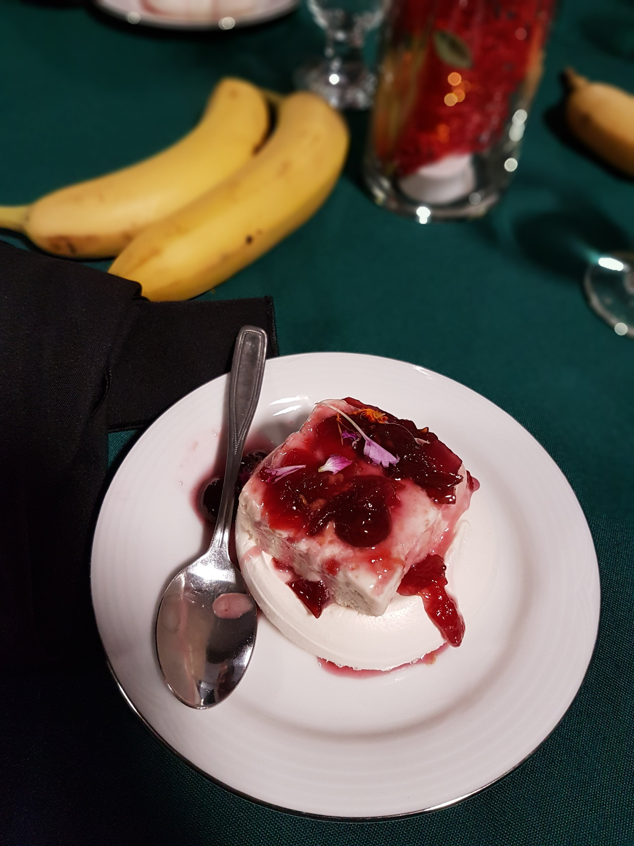 saskatoon waste reduction rubbish dinner dessert by the hollows.jpg