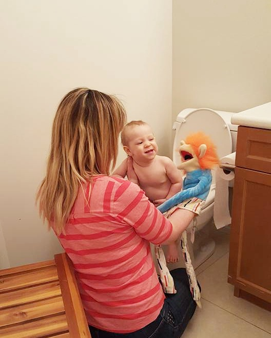 elimination communication early potty training tips.jpg