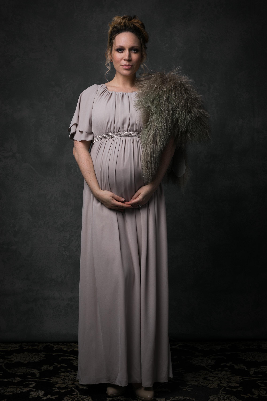 editorial maternity nicole romanoff photography 2.jpg