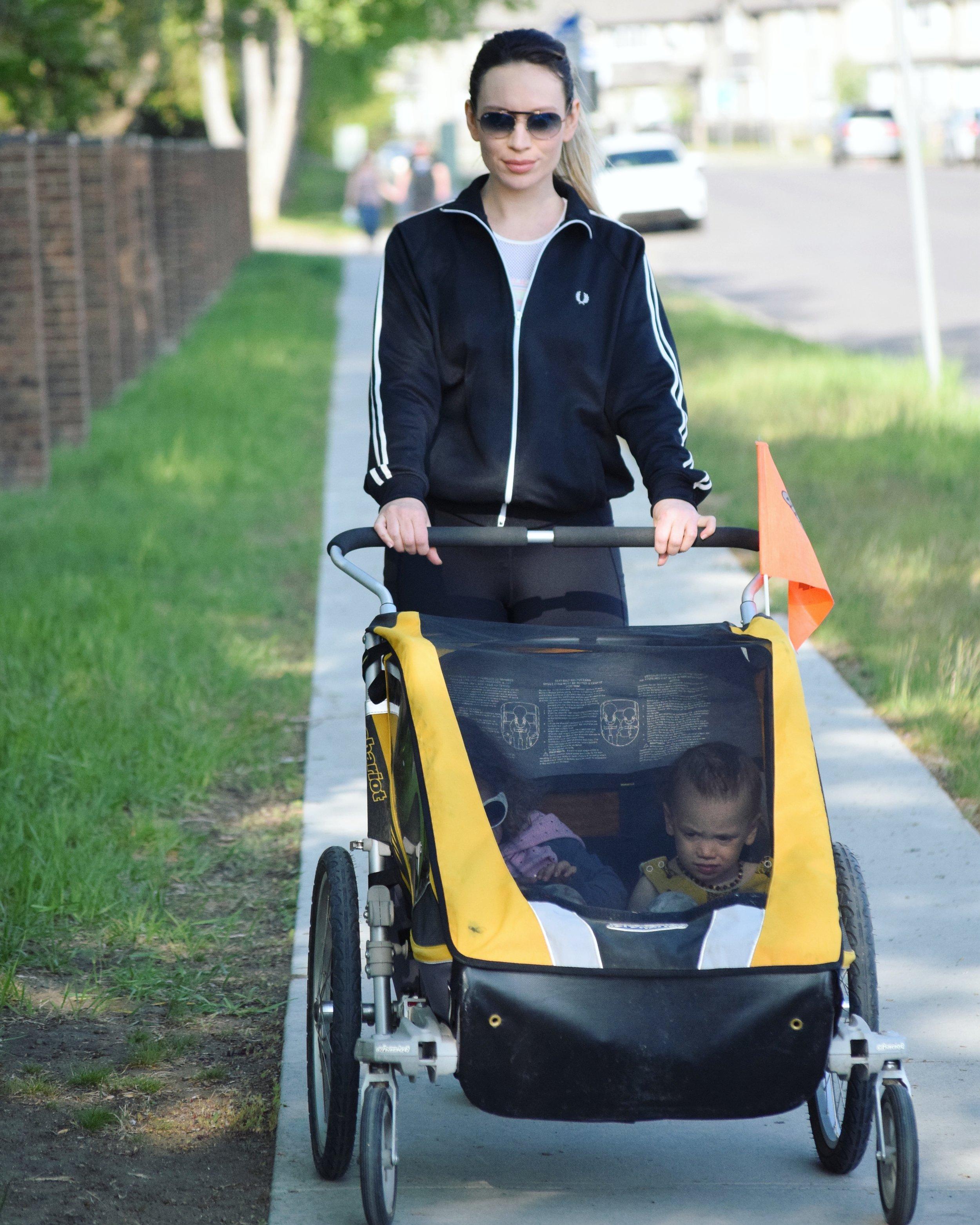 maygen kardash active essentials jogging stroller.jpg