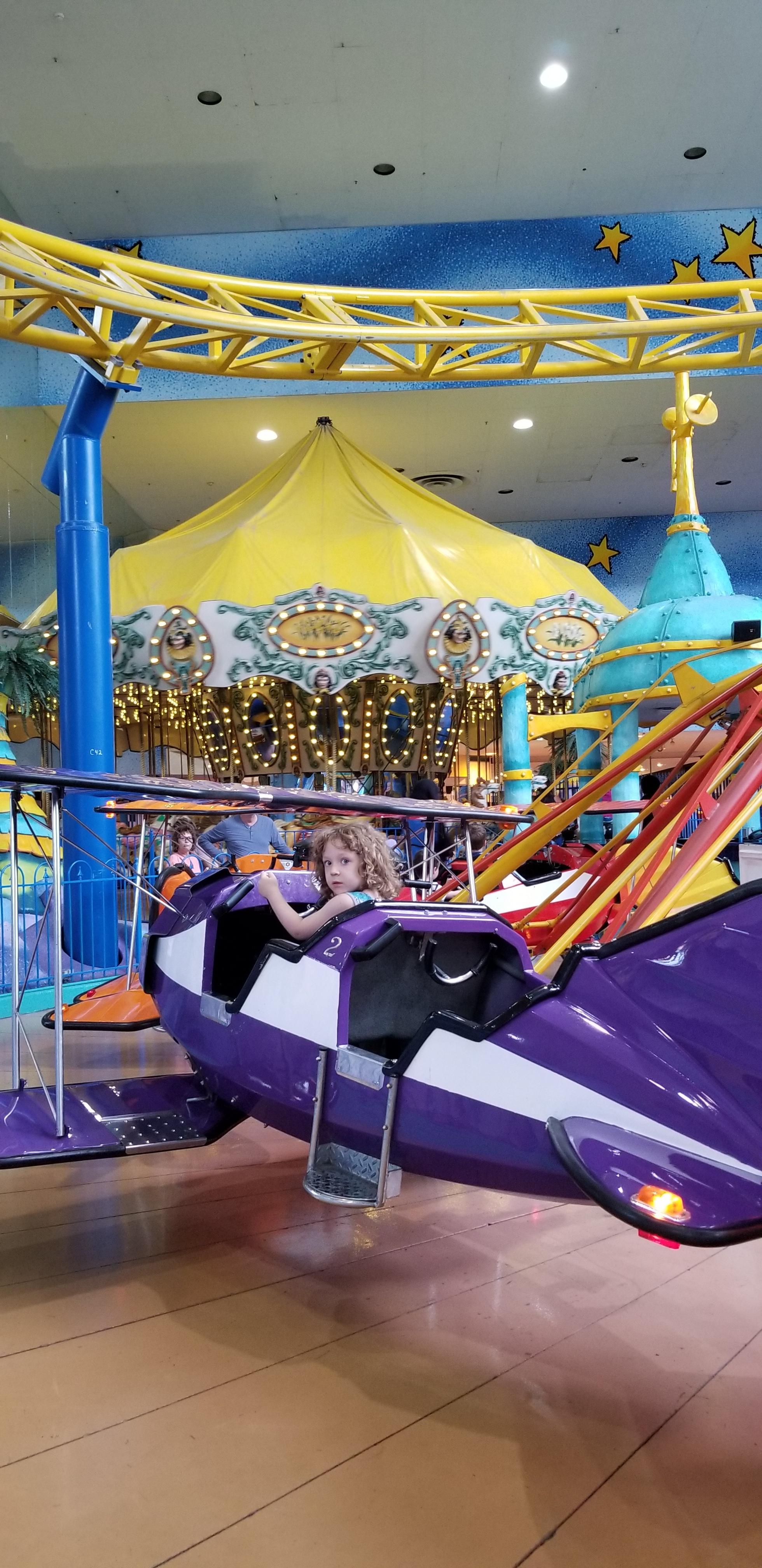 west edmonton mall galaxyland amusement park tips.jpg