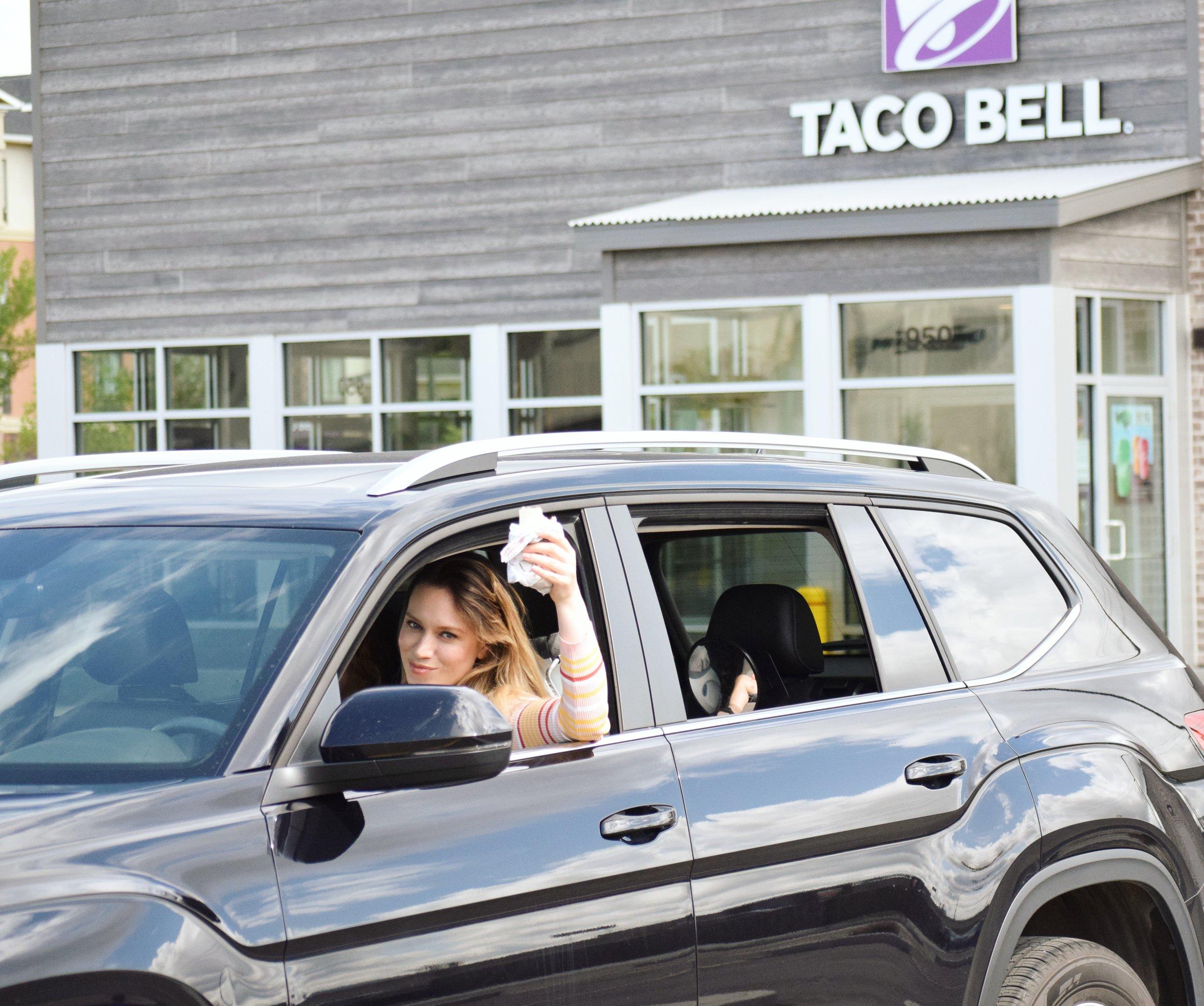 saskatoon mom blogger maygen kardash does me time at taco bell.jpg