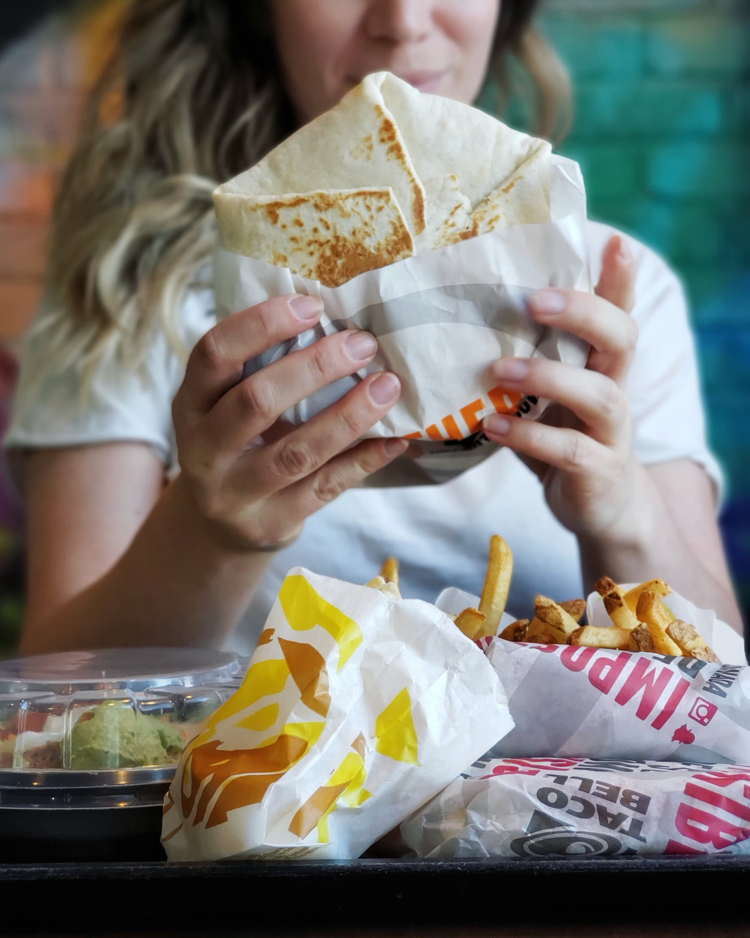 taco bell canada vegetarian crunchwrap supreme.jpg