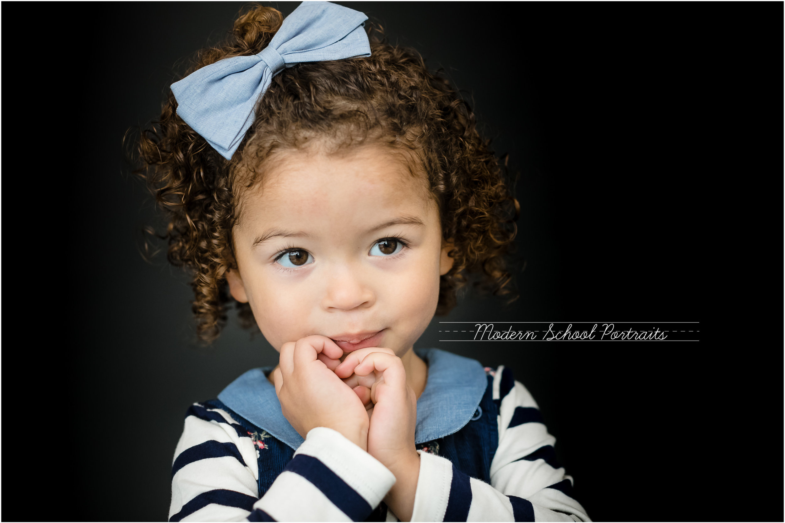 MIXED CURLY HAIR GIRL MONROE FALL18 MODERN SCHOOL PORTRAITS CHICAGO WHIPPLE.jpg