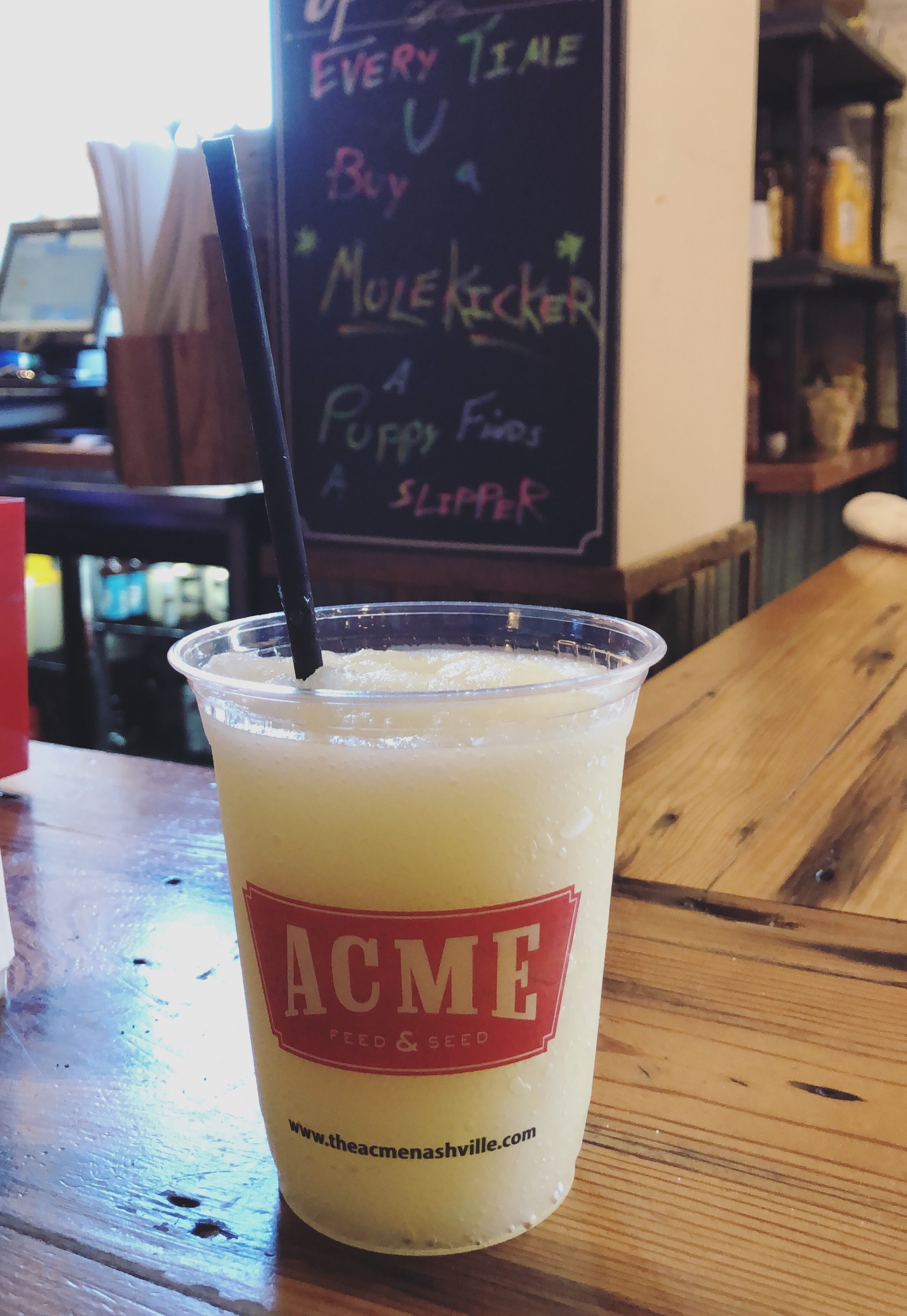Things You Must Do In Nashville ASAP // Blog Post by Babbles & Bliss